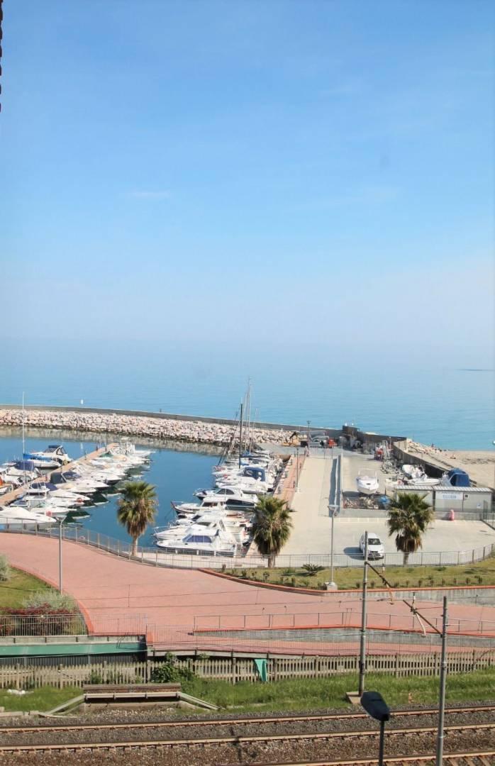 vista mare/porto